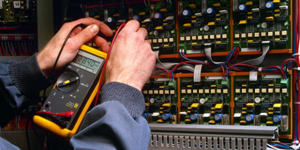 URDITECNIA ofrece un servicio de mantenimiento integral para instalaciones industriales.