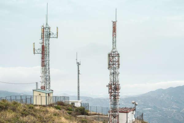 Urditecnia Proyectos de telecomunicaciones,Redactamos proyectos ICT a medida de las necesidades del cliente. Nuestras instalaciones se basan en el diseño eficiente de los sistemas de Telecomunicación de viviendas, oficinas y locales.